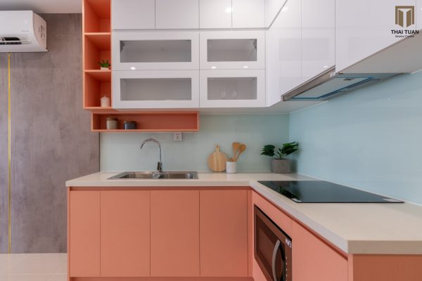 Tủ bếp chữ L bề mặt laminate