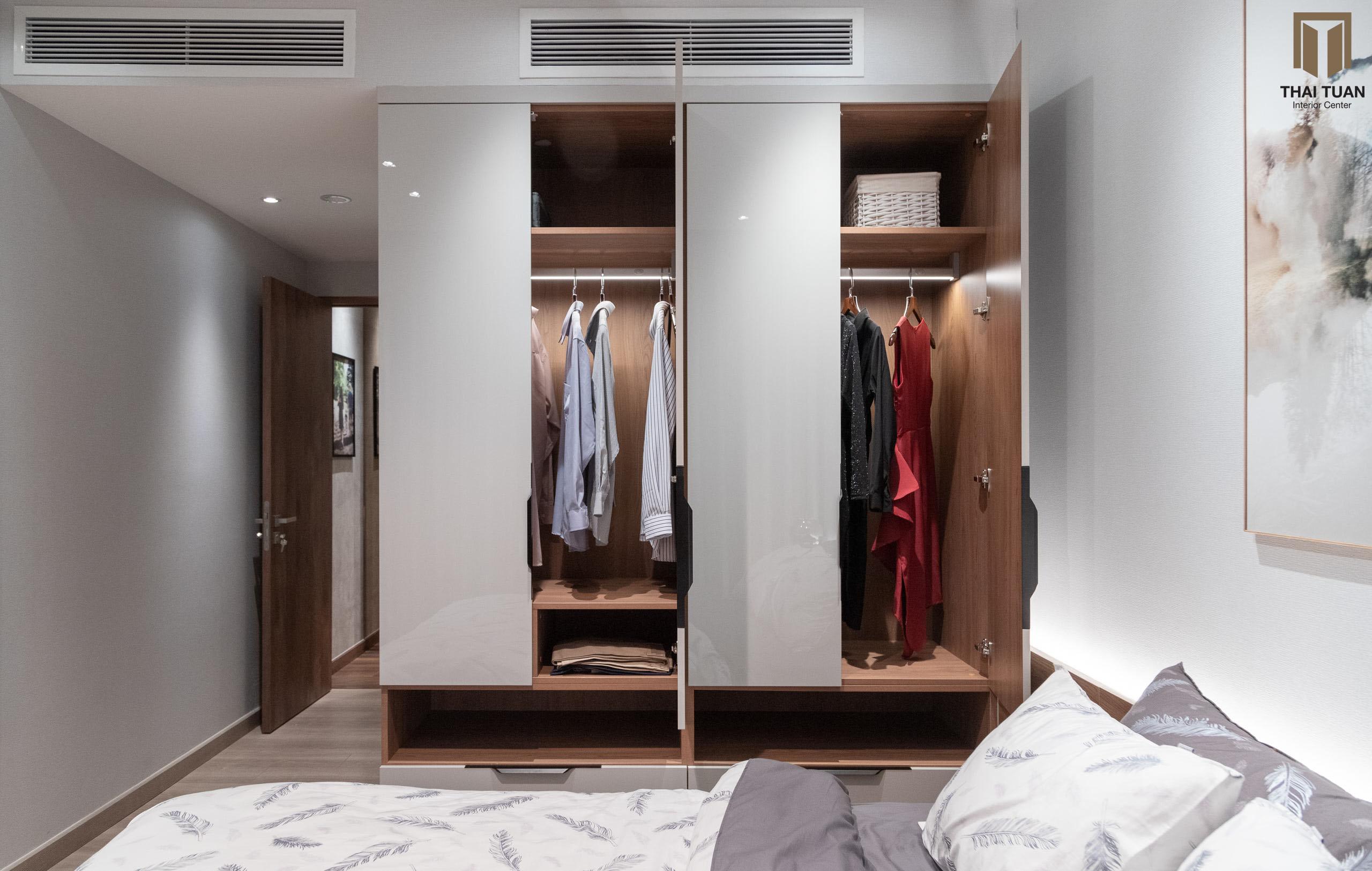Tủ quần áo cánh mở phù hợp trong không gian phòng ngủ