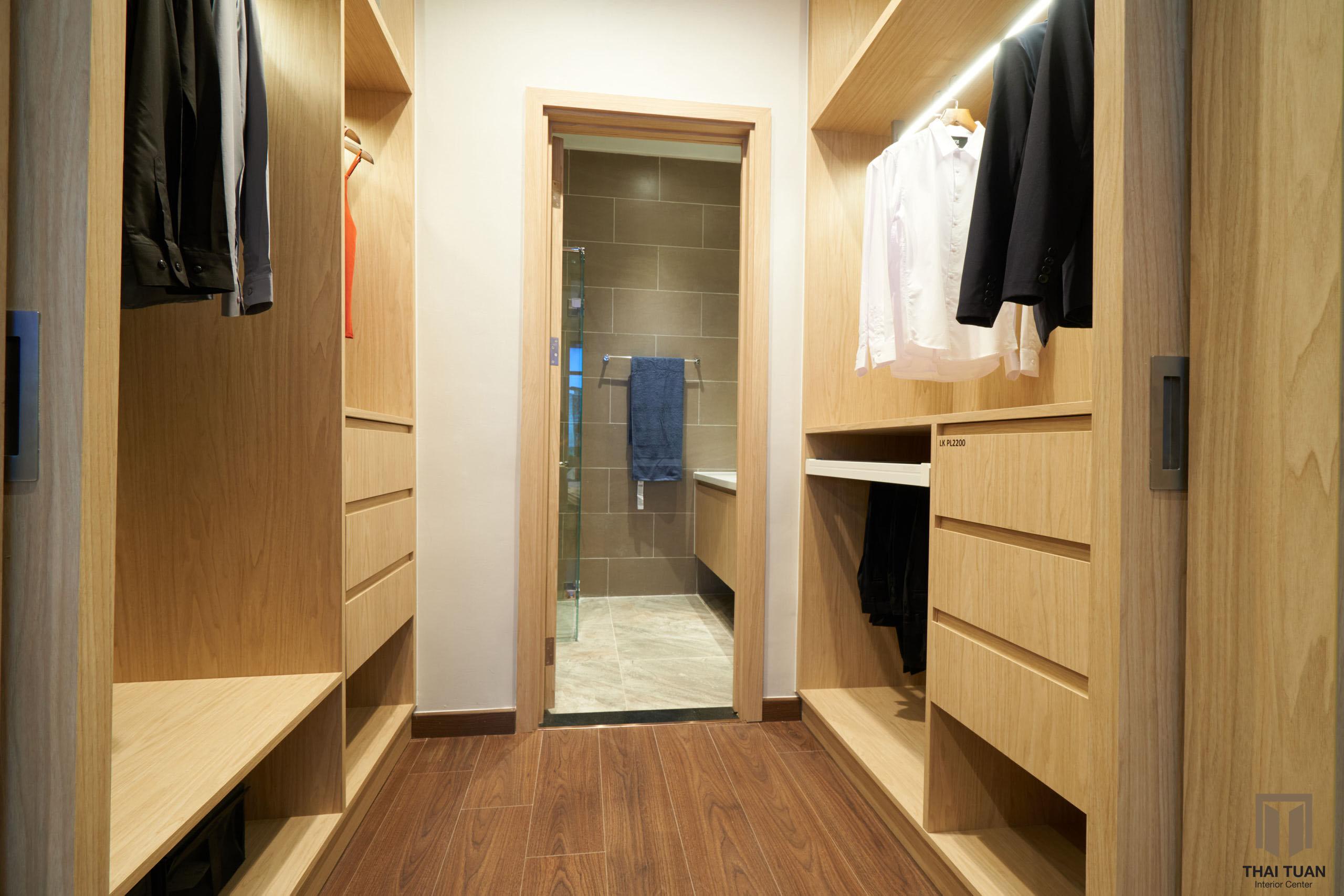 Phòng thay đồ ngăn cách thành 1 không gian riêng